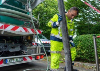 Kanalreinigung mit unserem Saug- und Spülfahrzeug