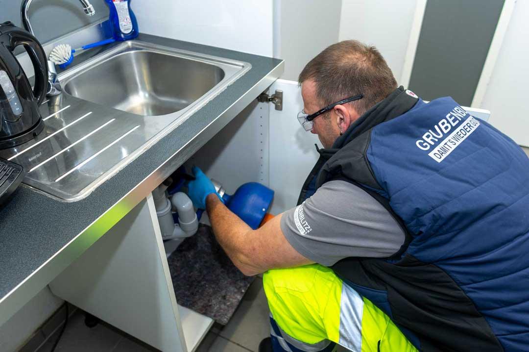Rohrreinigung und Abflussreinigung mit unserem 24-Stunden-Notdienst